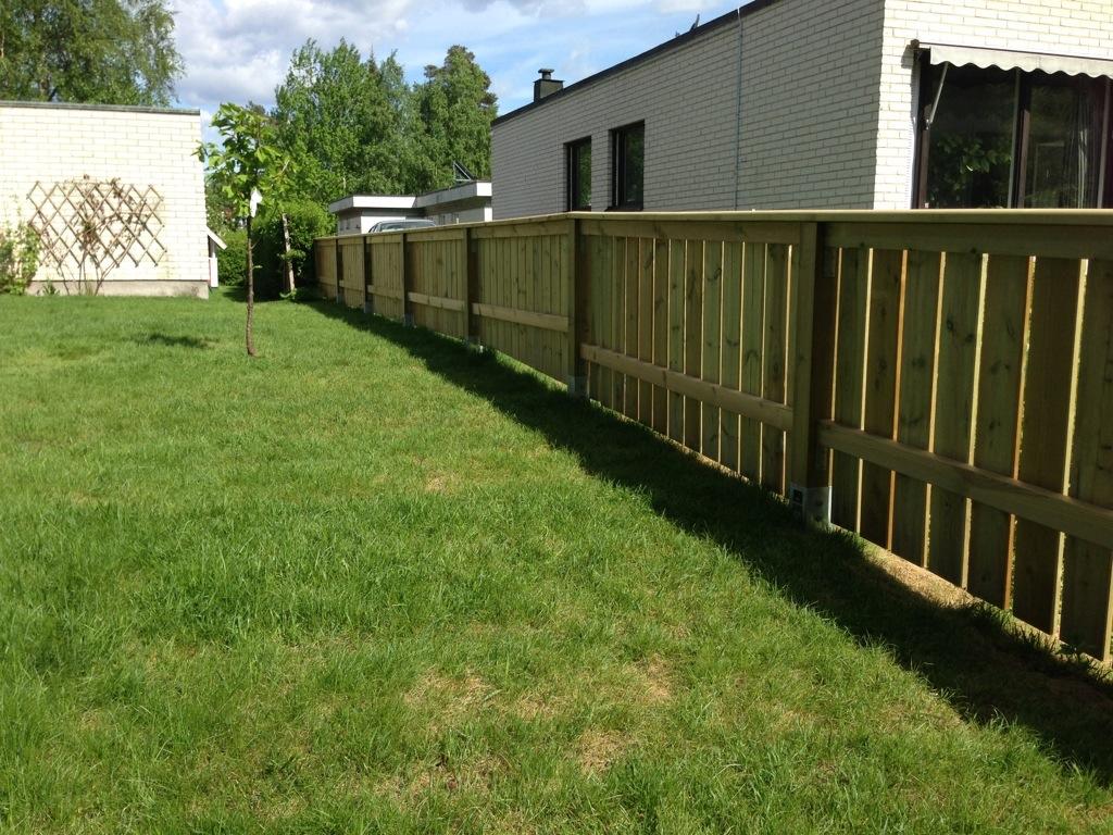 Överliggare staket